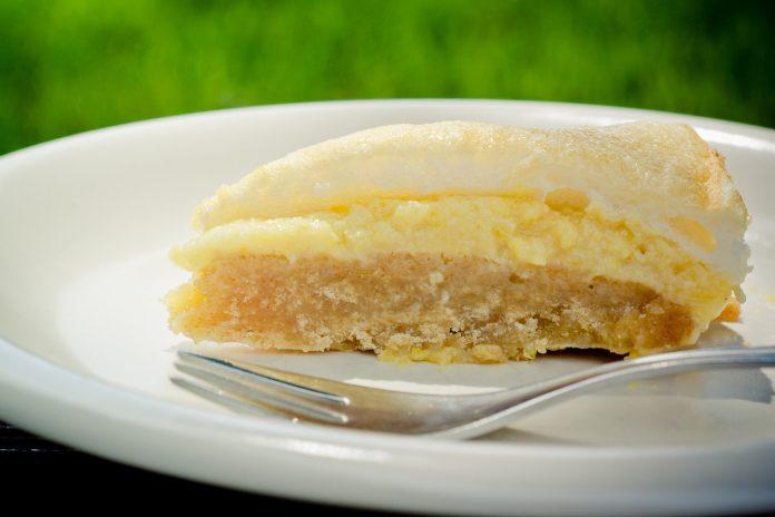кекс с лимонова глазура